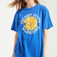 Mitchell & Ness Golden State Warriors Tee | Urban Outfitters