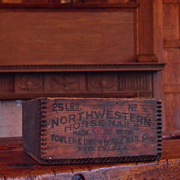 Vintage Northwestern Horse Nails Wooden Crate, Buffalo New York, Antique Dovetail Wood Box