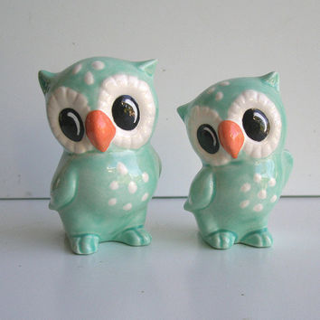Love Owl Figurines in Aqua Blue