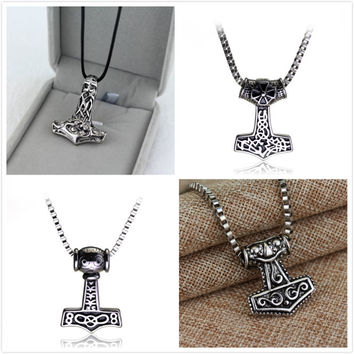 New fashion Avenger men thor hammer mjolnir viking amulet scandinavian necklace thor's norse hammer jewelry Necklace 8 Style