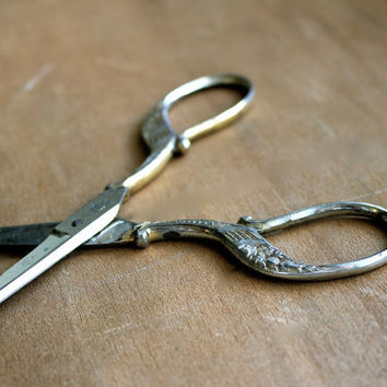 Still Sharp - Antique German Scissors - Vintage - D Peres Solingen Germany - Flowers - Gold - Silver - Sewing - Rustic - Collectible