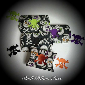 Halloween Skull Pillow Favor Boxes, Candy Boxes, Trick or Treat, Set of 4 with Gift Tags