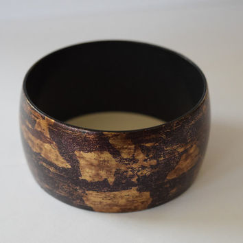 Vintage Chunky Wide Plastic Bangle Bracelet // Brown, Gold Rustic Crackle & Fleck Patina // Shabby Chic Boho Style