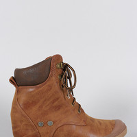 Wedged Hiking Ankle Boots