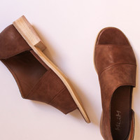 Royale Sandal (Brown)