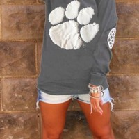 Grey Bear Paw Print Round Neck Long Sleeve Fashion T-Shirt