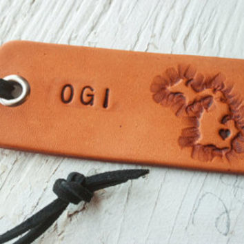 Custom leather tag - Any State or Country of your choice - personalized name travel tags  - key ring or suede cord - Holiday Gift Tags