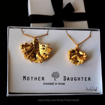 Mother daughter jewelry - matching Gold Kale leaf Necklaces for Mom & daughter Genuine dipped leaf Set of 2 Mother's Day Gift ideas Jewelry