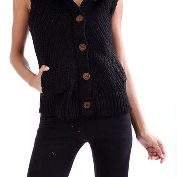 DV564 Sweater Vest W/Sherpa Fur
