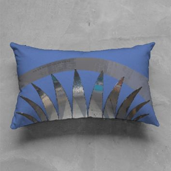 Crown Arch Pillow