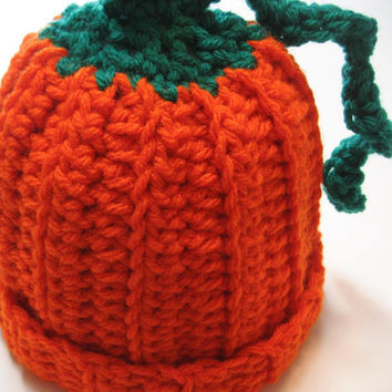 Crochet pumkin hat.  Newborn size.  Ready to ship.  Fall hat for newborn.  Newborn photo prop.