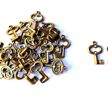 set of 10 pieces key charm with crystals, 14mm x 24mm, antique gold metal alloy - C101