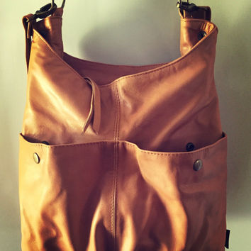 Slouchy, soft shoulder bag with cross body strap. The Rio bag has lots of space and pockets for all you need, zip closure, handmade quality.
