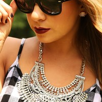 Distant Shores Necklace: Silver