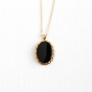 Vintage 14k Yellow Gold Black Onyx Pendant Necklace - Retro 1970s Black Oval Gem Charm 18 Inch Gold Filled Chain Classic Fine Jewelry