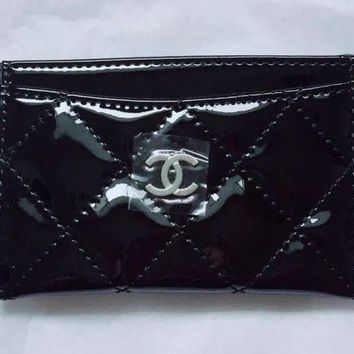 ONETOW Chanel Beauty Makeup Bag Pouch Black Card Holder Wallet Patent