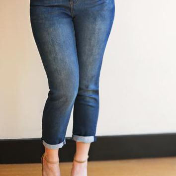 Essential Relaxed Fit Jeans