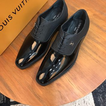 LV   Fashion Men Casual Running Sport Shoes Sneakers Slipper Sandals High Heels Shoes