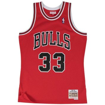 Mitchell & Ness Swingman NBA Jersey - Chicago Bulls - Pippen - '97-'98