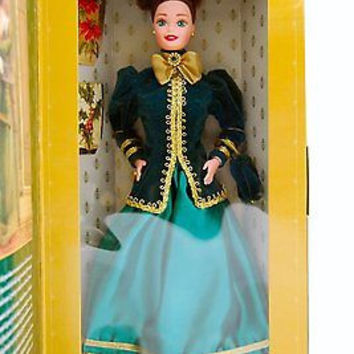 Mattel Barbie 1996 Hallmark Exclusive Yuletide Romance Doll-Brand new in Box!