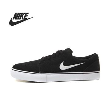 Skateboarding Shoes for Men Nike