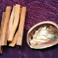 PALO SANTO INCENSE SET - Sacred Incense to Bring in Good Energy & Spirits