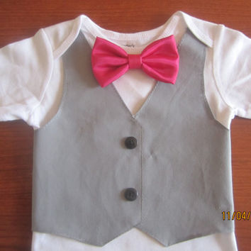 Boy gray vest Onesuit, Baby christmas outfit, boy red bow tie onsie, baby outfit, Boy X mas outfit, Boy bow tie Onesuit, Boy gray vest shirte