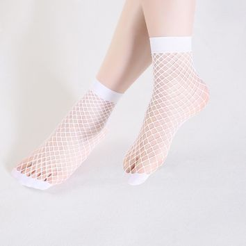 6 colors in the grid and large mesh lady Harajuku candy color breathable fish net socks