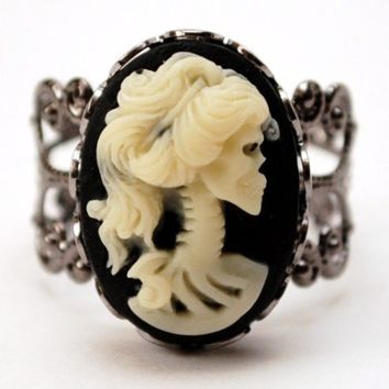 Skeletal Diva Ring in Gunmetal Victorian Filigree Funeral Style