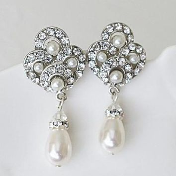 TRENA Pearl Drop Bridal Earrings | Vintage Style Wedding Earrings