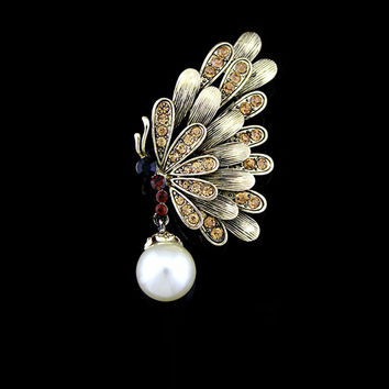 Vintage Pearls Rhinestone Butterfly Hollow Out Brooch [8026211143]