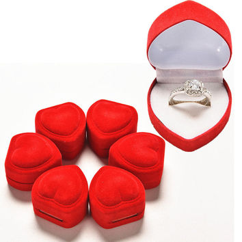 Red Heart Shaped Ring Box Mini Cute Red Carrying Cases For Rings Display Box Jewelry Packaging s SM6