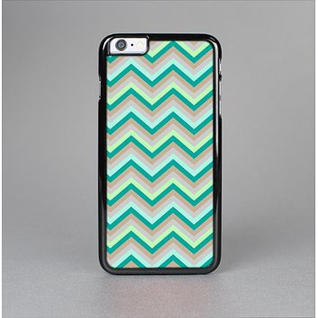 The Vintage Subtle Greens Chevron Pattern Skin-Sert Case for the Apple iPhone 6 Plus