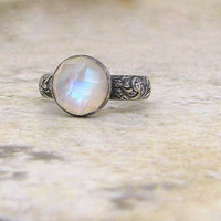 Moonstone Ring Silver Patterned