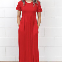 Short Sleeve Basic Maxi Dress {Red}