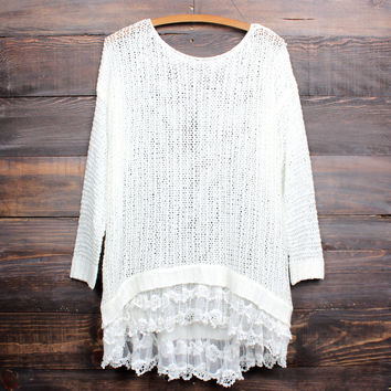 all eyes on me lace trim sweater tunic - white
