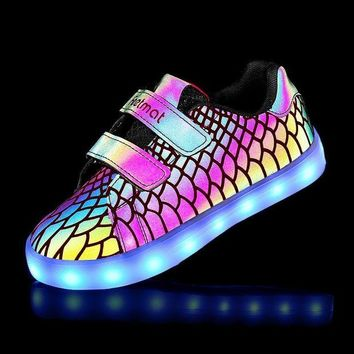 ONETOW Kid Luminous LED Shoes For Boys Girls Lights Running Shoes Kids 7 Colors USB Charge Ch