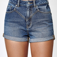 Kendall and Kylie Justin Blue V-Yoke Cuffed Denim Mom Shorts at PacSun.com