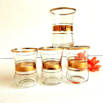 Vintage FOUR Mid Century Gold Band Cordial Liqueur Aperitif shot glasses, Hip Mad Men Style bar ware, barware, cocktail glassware