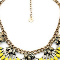 Solid Fan-Pattern Bib Necklace Women Lobster Clasp Pendants Jewelry