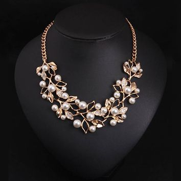 t Simulated Pearl Necklaces & Pendants  Leaves Statement Necklace