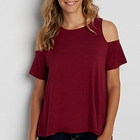 the 24/7 cold shoulder swing tee | maurices