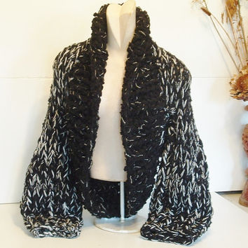 Super chunky shrug hand knit crop cardi cardigan sweater shawl collar long sleeves women medium large black and white tweedy mix