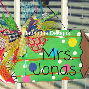 Pencil Door Hanger For Teacher  Back to School Door Hanger Classroom Door Hanger. Wood Pencil Sign Teacher's gift.