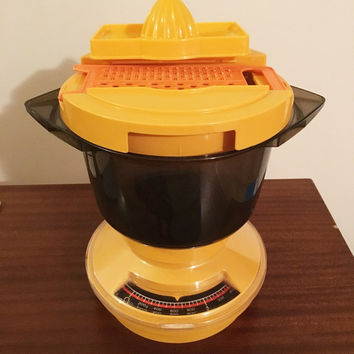 Vintage 1970s SABCO Yellow Gourmet Kitchen Scales with Food Processor Bowl and Attachments / Retro Scales Grater Juicer