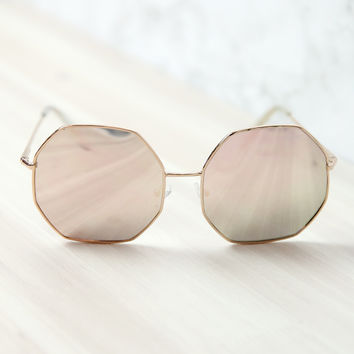Quay Australia - Kiss And Tell Sunglasses - Rose/Pink