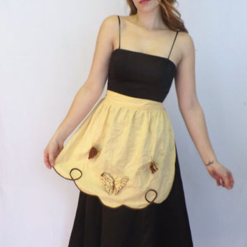 Vintage Sweet Retro 50s 60s Yellow Brown Cotton 3D Butterfly Embroidered Lace Apron Kitchen Diner Housewife Pin Up Girl Kitsch Waitress Folk