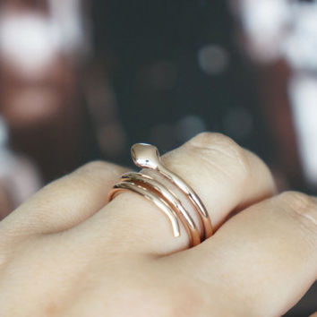 snake ring - rose gold titanium