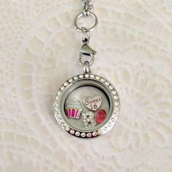 Sweet 16 Memory locket medium stainless steel with choice of chain
