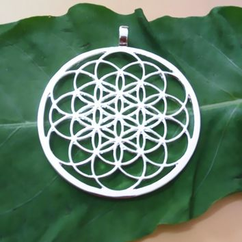 FLOWER OF LIFE PENDANT SILVER PLATED NECKLACES FOR WOMEN